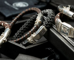 rebel-and-rose Absolutely leather Shop je bij Wolters Juweliers Coevorden Emmen