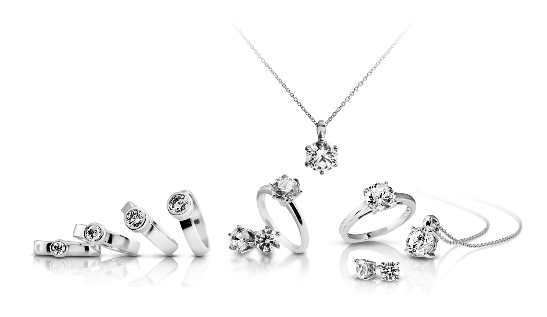 Diamonfire-collectie-oorbellen,-ringen,-hangers,-ketting-bij-Wolters-Juweliers-Coevorden-Emmen