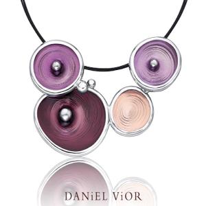 Daniel-Vior-hanger-Wolters-Juweliers-Coevorden-Emmen