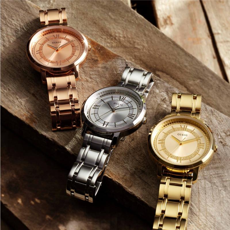 opvallende-Guess-horloges-bij-Wolters-Juweliers-Coevorden-Emmen