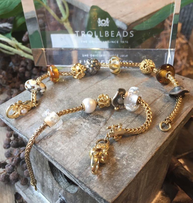 Trollbeads-goud-mooi-te-combineren-met-glaskralen-Wolters-Juweliers-Coevorden-Emmen