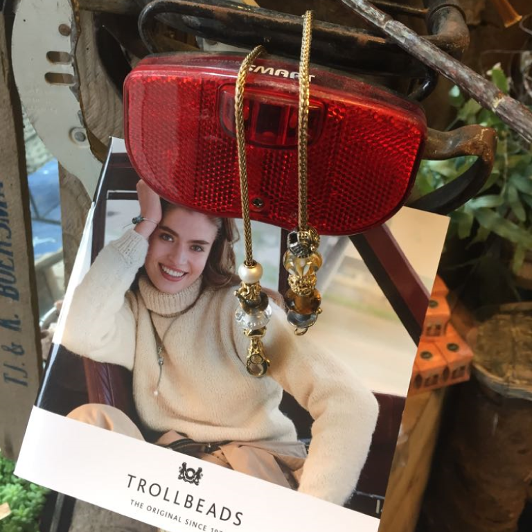 Trollbeads-goud-sieraden-mooi-te-combineren-met-glaskralen-Wolters-Juweliers-Coevorden-Emmen