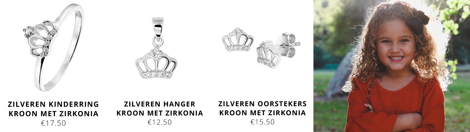 Zilveren-kinderring-kroon-met-zirkonia,-zilveren-hanger-kind-en-oorknopjes-voor-kinderen-bij-Wolters-Juweliers-Coevorden-Emmen