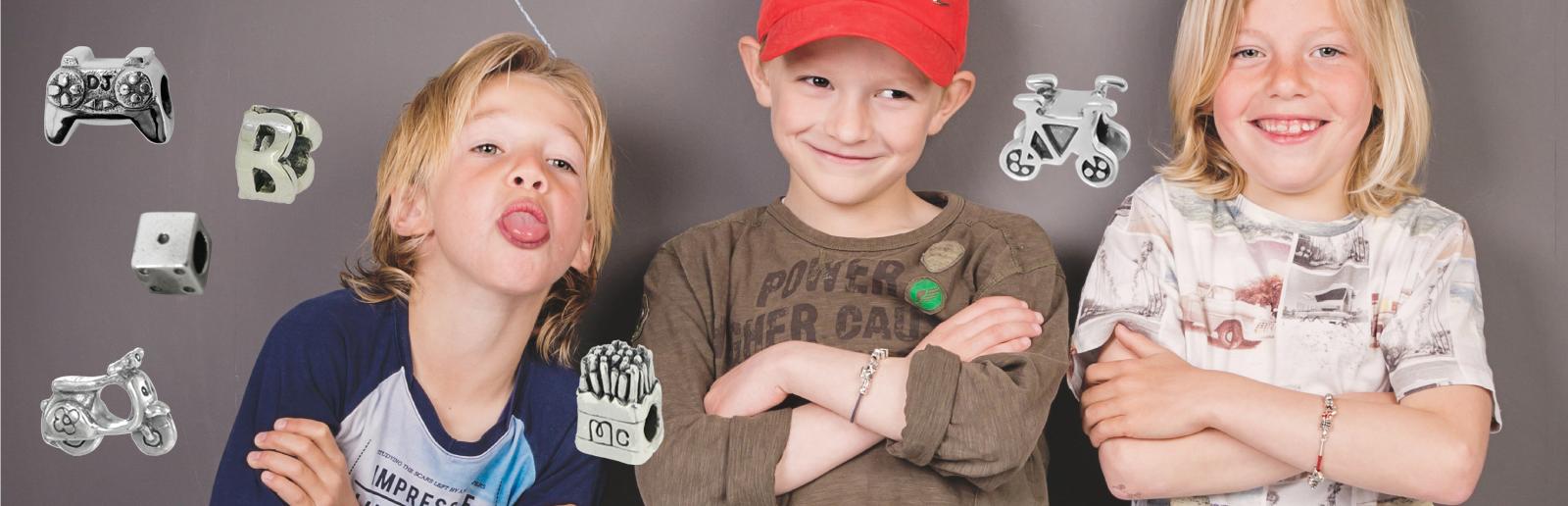 Piccolo-armband-jongens-bedels-kopen-bij-Wolters-Juweliers-Coevorden-Hoogeveen