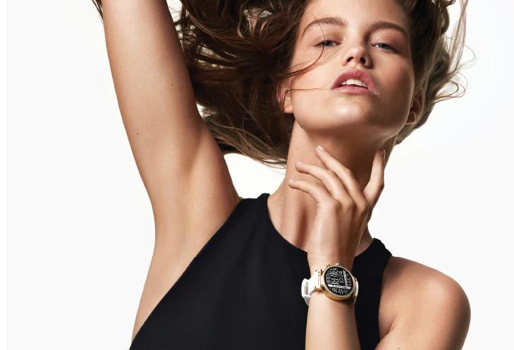 micheal-kors-acces-gen-4-sofie-smartwatch-shop-nu-bij-Wolters-Juweliers-Coevorden-Emmen