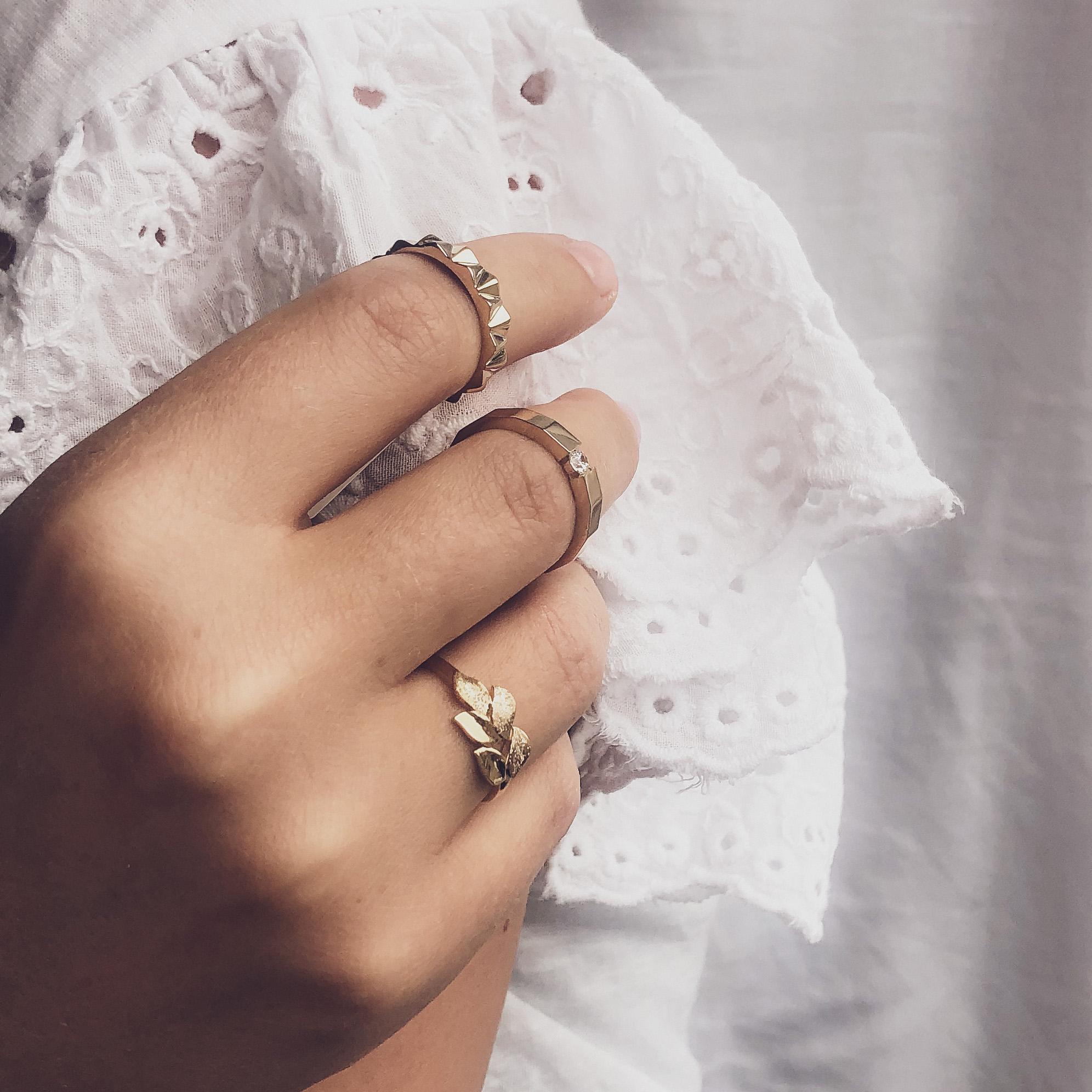 Goud- zilver- sieraden- ringen- oorbellen-hanger-kettingen-briljant. Wolters-Juweliers-Coevorden-Emmen-Hardenberg